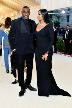 Idris Elba and Sabrina Dhowre at 2018 Met Gala Celebrity Dresses, Celebrity Style, Marriage Couple, Gala Dresses, African Print Fashion, Well Dressed Men, Celebs, Celebrities, Idris Elba