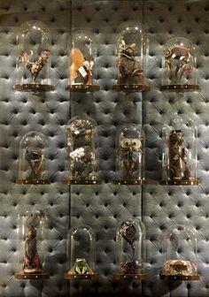 Louis Vuitton Store by Peter Marino, London Bond Street » LV: exposição de produtos + fake animals