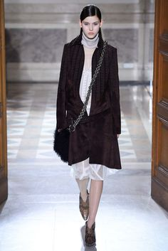 Sharon Wauchob Fall 2015 Ready-to-Wear Collection Photos - Vogue