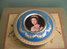 Queen Elizabeth II Silver Jubilee Commemorative by BlitheSpiritToo