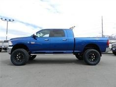 I have been thinking about black rims on my blue f350