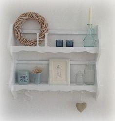 ein altes tellerregal wandregal aus den 60er jahren 2. Black Bedroom Furniture Sets. Home Design Ideas