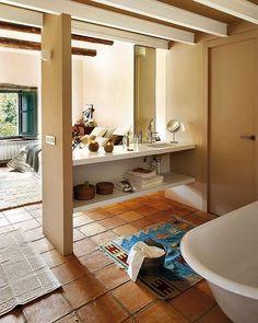 el-bano-esta-en-el-dormitorio_ampliacion_ElMueble
