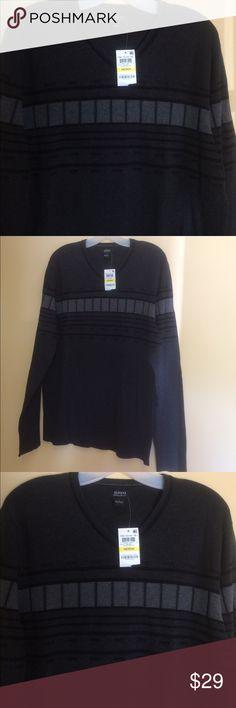 NWT Alfani V-Neck Cotton Sweater Black/Grey Medium New with tags,100% cotton ALFANI V-Neck Sweater. Charcoal grey with light grey and black design. Regular fit. Size medium. Alfani Sweaters V-Neck