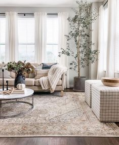 Living Room Goals, Cozy Living Rooms, Home Living Room, Living Room Decor, Bedroom Decor, Ikea I, Style Me Pretty Living, Interior Decorating, Interior Design