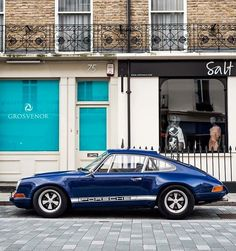 Shopping time. Porsche 911 Carrera  @art__vintage       By @alexpenfold #shopping #london #uk #italy #love #ferrari #mercedesbenz #lamborghini #bugatti #porsche #carporn #vintage #firstpost #first #elegance #lux #luxury #luxurycar #luxurylife #f4f #fashion #cars #londoncars #blacklist #newyork #autoporn #automotive #instacar #follow #carvintage by car_vintage
