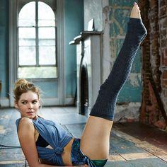 The Dance-Meets-Yoga-Meets-Acrobatics Workout Routine