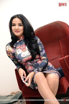 Jasmine Bhasin Latest stills:- http://www.tollywoodtimes.com/en/photo-gallery/fullphoto/ud341pq3z6/93557