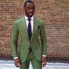 THE IMPECCABLY DRESSED BERTIE WOOSTER | everybodylovessuits:   Green suits are super rare...