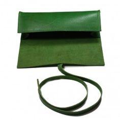 Yeşil Deri Kalem Kutusu - #tasarim #tarz #yesil #rengi #moda #hediye #ozel #nishmoda #green #colored #design #designer #fashion #trend #gift yeşil tasarım
