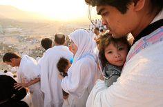 Des pèlerins sur le mont Arafa.  www.francemanassik.net