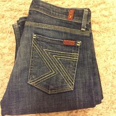 """7FAMK jeans Medium blue wash with signature 7's stitched on back pockets. Excellent condition. 34"""" inseam. Style Flynt 7 for all Mankind Jeans Boot Cut"""