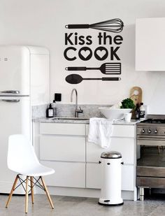 The move from summer into autumn is the perfect opportunity to do a clear out and finally sort those piles of clothes that seem to be accumulating in your closet. Kiss The Cook, Wall Sticker, Home Kitchens, Diy And Crafts, Organization, Table, Furniture, Wall Paintings, Dressing Room