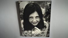 Franca Jarach in una foto scattata dal suo fidanzato poco tempo prima che venisse sequestrata e poi uccisa, gettata viva da un «volo della morte» durante la dittatura di Videla in Argentina. Aveva 18 anni. L'immagine è appesa nella sua cameretta, nella casa di Buenos Aires dove ancora vive la madre Vera Vigevani Jarach
