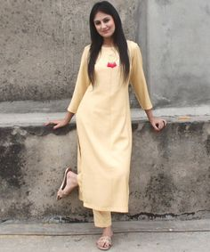 anokherang Combos Autumn Grace Straight Kurti with Straight Pants Salwar Designs, Plain Kurti Designs, Silk Kurti Designs, Kurta Designs Women, Kurti Designs Party Wear, Blouse Neck Designs, Straight Cut Pants, Kurta Style, Kurta With Pants