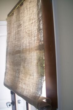 delightfullly clever: Burlap no sew curtains