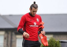 Gareth Bale returned to training with Wales following his heroics at Euro 2016 in France
