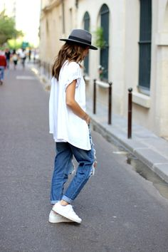 Grey panama, white plimsols / sneakers / shredded jeans = insouciant cool