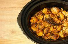 Receta de pollo al ajillo en Crock Pot. Receta paso a paso con imágenes y recomendaciones de elaboración. Recetas de aves en slow cooker u olla lenta.