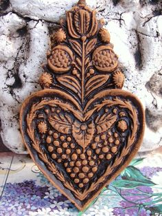 Blackened Beeswax RASPBERRY HEART Antique Springerle Mold Folk Art Casting Wax