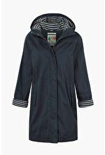 Windward Coat #RaincoatsForWomenShape