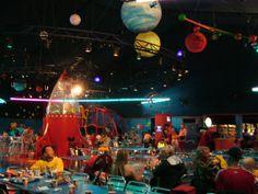 ¡Restaurantes ficticios que SALtaron a la realidad! Mira esta fotogalería: http://www.sal.pr/?p=91992