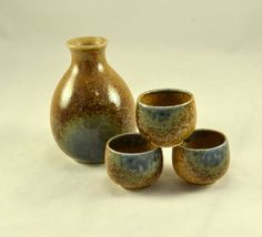 New to ChicMouseVintage on Etsy: Sake Set - Jug w/ 3 Saki Cups - Salt Glazed Pottery - Japanese - Stamped (35.00 USD)