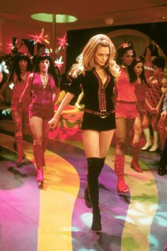 Heather Graham plays Felicity Shagwell in the 1960's comedy Austin Powers: The Spy Who Shagged Me