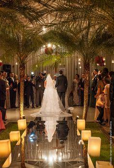 Nave espelhada para a cerimonia, fica maravilhosa.