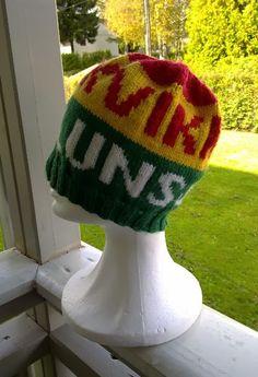 Knitting Projects, Knitting Patterns, Bra Storage, Diy Nightstand, Floating Corner Shelves, Jewelry Case, Diy Table, Diy Design, Needlework