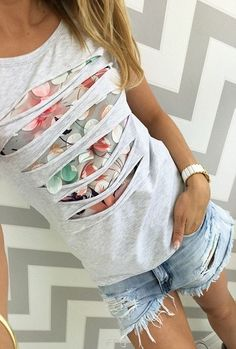 2018 summer fashion color printed hollow beads round neck short sleeve gray white pink women t shirt - Mode Ideen Clothes Crafts, Sewing Clothes, Remake Clothes, Redo Clothes, Diy Fashion, Ideias Fashion, Color Fashion, Fashion 2016, Fashion Dresses