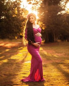 Fall Maternity Photos, Maternity Photo Props, Maternity Photography Poses, Cute Maternity Outfits, Maternity Poses, Stylish Maternity, Maternity Portraits, Maternity Pictures, Maternity Dresses