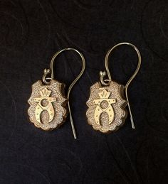 Antique VICTORIAN Earrings ETRUSCAN Gold Filled Drops VERMEIL Earwires Pierced Ears c.1870's #VictorianEarrings #AntiqueVictorian