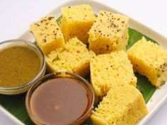 5 Famous Gujarati Delicacies from the Indian Rasoi | iFood | iDiva Mobile