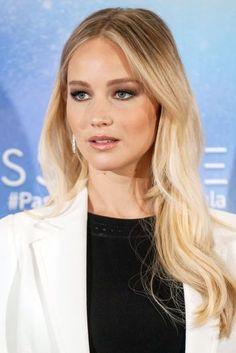 Jennifer Lawrence Apologises Hawaiian Rocks Graham Norton Show Comments | British Vogue
