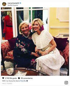 Marie Chantal Of Greece, Greek Royalty, Greek Royal Family, Royal Fashion, Headgear, Noblesse, Fashion 2016, Couple Photos, Cocktail Dresses