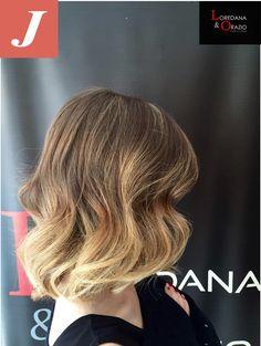 #strongcolor #LoredanaeOrazio #hairstylist #cdj #degradè #vittoria #50shadesofdegradè  #igers #longhair #joelle #wella #wonderfoul #blonde  #vittoria #Ragusa #team #Fashion #nuovesemplicità