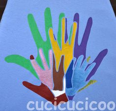 Father's Day gift: Family art on a t-shirt. Outline each family member's hand, put them together, and paint them on the shirt with freezer paper stencilling! www.cucicucicoo.com