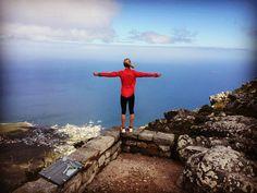 #internationalmountainday #tablemountain #southafrica #nicememories #comingbacksoon #mountains #running #trailrunningheaven #salomonrunning #suuntorun #atsalomonteam by sandra_koblmueller