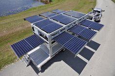 Cu o simpla apasare de buton, acest container se transforma instant intr-o statie solara mobila: panourile solare ies din interiorul containerului si incep imediat sa genereze energie electrica oricand si oriunde este nevoie, fie ca se afla intr-o zona calamitata sau intr-un sat fara curent.