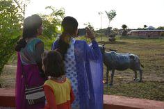 नया रायपुर स्थित पुरखौती मुक्तांगन अनोखी सांस्कृतिक विशेषताओं के लिए जाना जाता है। छत्तीसगढ़ के हर जिले की संस्कृति यहां पर कलाकृतियों के माध्यम से झलकती है। साथ ही आयोजित रंगारंग प्रस्तुतियां इस संस्कृति का एक पूरा परिचय देती हैं। गरियाबंद के जनप्रतिनिधियों ने पुरखौती मुक्तांगन देखा।
