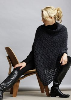 Free Knitting Patterns : This poncho is made from a simple rectangle, folded and sewn along one edge, with a gap remaining at one side for neck opening. Poncho Knitting Patterns, Knitted Poncho, Knitted Shawls, Loom Knitting, Free Knitting, Poncho Sweater, Knit Or Crochet, Crochet Shawl, Crochet Clothes
