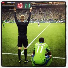 Welcome back, Steve Zakuani. Sounders FC leads Colorado, 2-1, in the 87th minute.