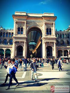 Galería Vittorio Emanuele II, Milán, Italia.