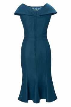 New Collectif collection! The Ophelia Wiggle dress in blue is a classy sixties Mad Men style dress! Adorable 'clean' lines and because of the wide collar that sits beautifully upon the shoulders and the fishtail skirt super elegant and timeless! Made in a classy wool mix in beautiful dark petrol (just like the productpictures) and fully lined just above the knee with a vintage floral fabric, so it won't scratch. Back zipper and fishtail-kick.Ideal for evening wear and the office!