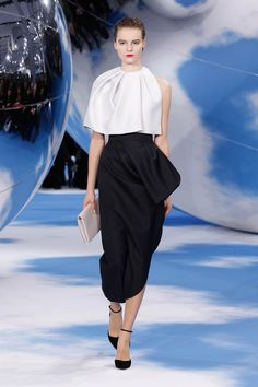 Look N° 5 / Autumn-Winter 2013-14 / Collection / READY-TO-WEAR / Woman / Fashion & Accessories / Dior official website