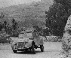 Gérald Langlois - Régine Langlois Rallye Monte-Carlo 1959. Citroën 2 CV. Abandonó