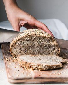 Delicious Heatly Keto Bread Recipes Tricks Get Here keto bread easy recipe Almond Recipes, Gluten Free Recipes, Low Carb Recipes, Bread Recipes, Cooking Recipes, Hemp Bread Recipe, Desserts Keto, Keto Snacks, Vegan Keto