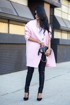 Her style is so me! Simple and chic Walk in Wonderland: PINK COCOON COAT