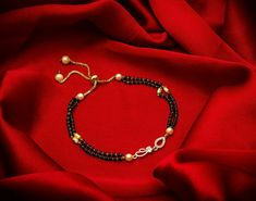 Gold Jewelry Simple, Gold Rings Jewelry, Trendy Jewelry, Jewlery, Jewelry Accessories, Gold Bangles Design, Gold Jewellery Design, Mangalsutra Bracelet, Gold Mangalsutra Designs